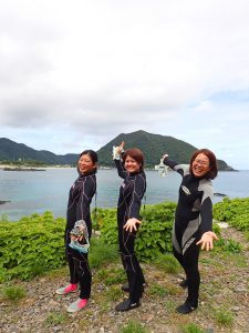 屋久島,体験ダイビング,ファンダイビング,ボートダイビング,女性ガイド,少人数制,のんびり,ツアー,水中写真,カメラ撮影